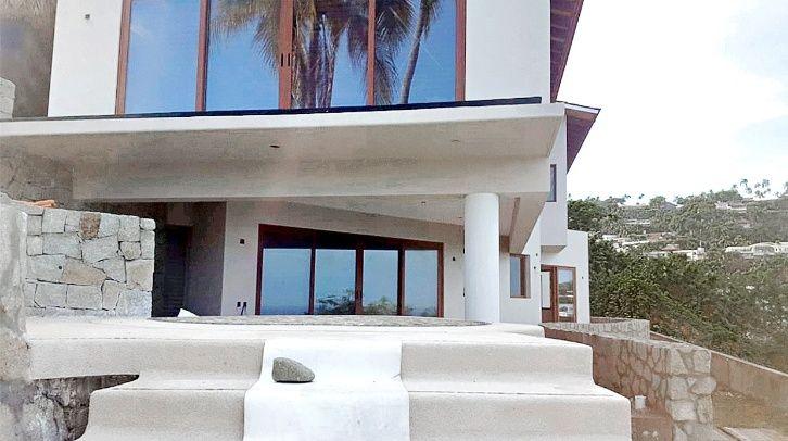 Romero Deschamps, líder petrolero, construye mansión de 6.4 mdd en Acapulco