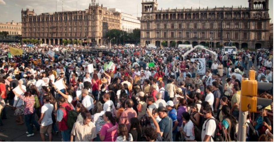 En México y Brasil se derrumba apoyo a democracia; aquí solo el 16% está satisfecho con ella